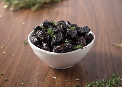 Velouitinos organic Throumpa Thasou olives with Thyme